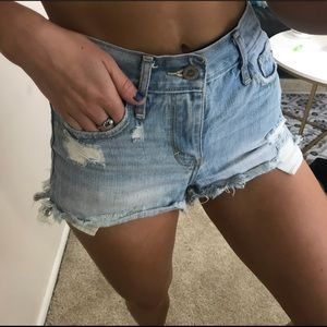 Hollister light was jean shorts distressed